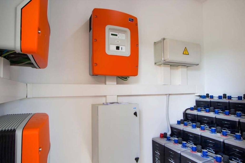 Sistema de respaldo con energía solar 7,35 kW